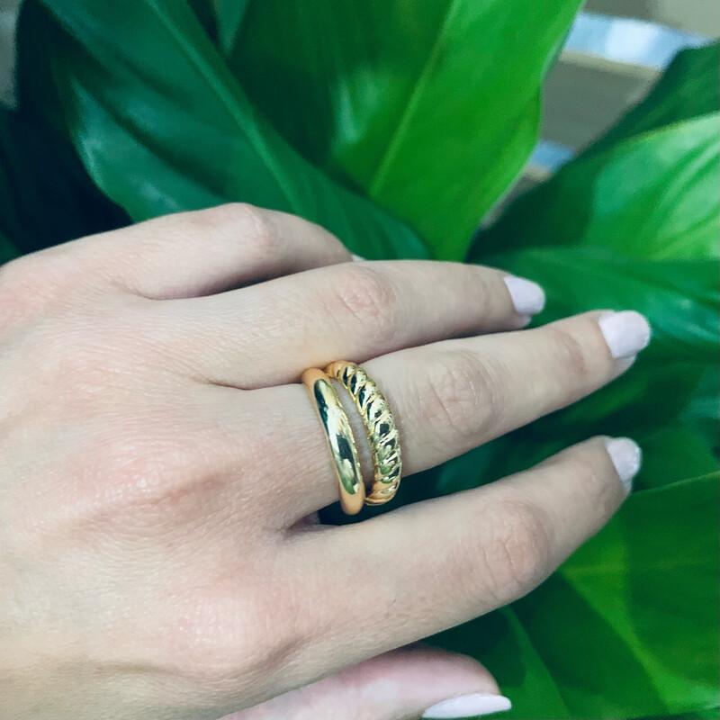 SPLIT -ring-