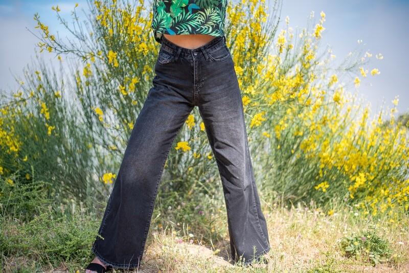SHADOW   -denim jeans-