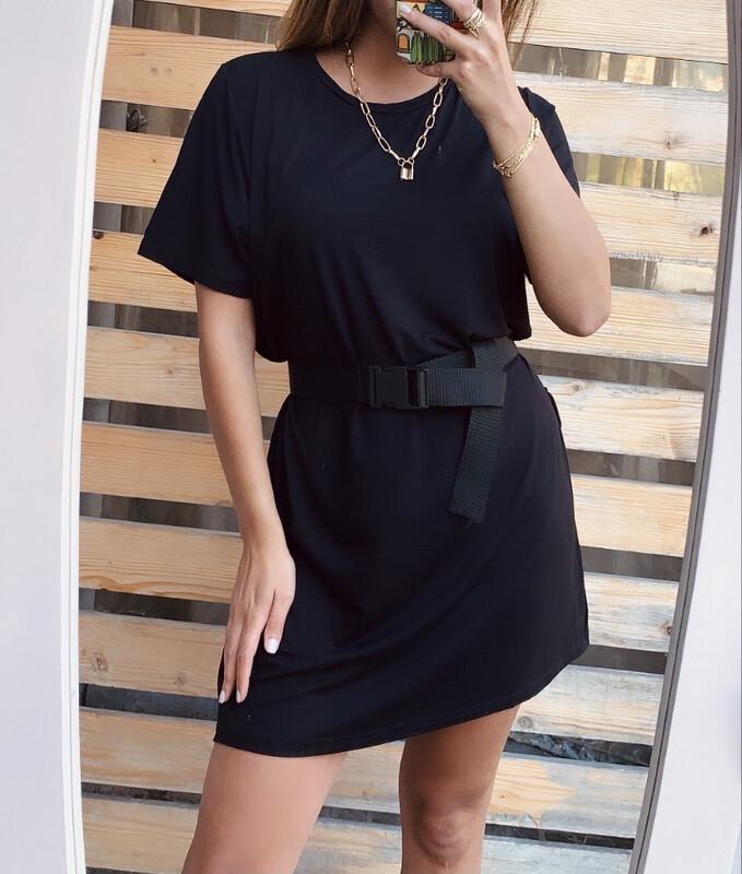 MOI IN BLACK -t Shirt Dress-