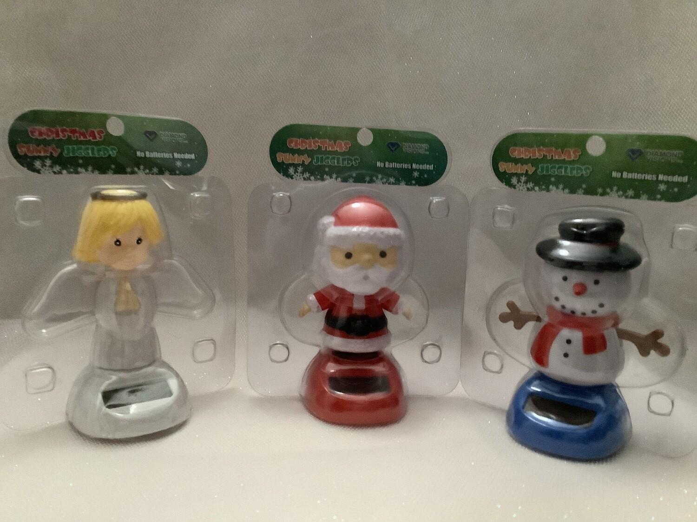 Solar-Powered Christmas Jigglers