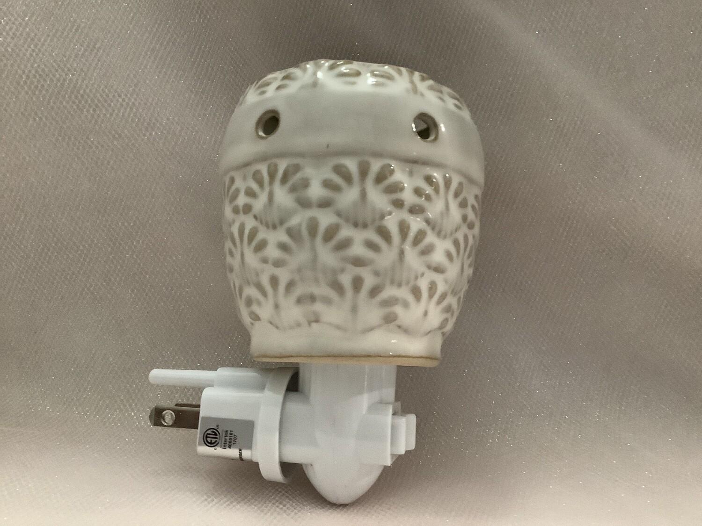 White Pineapple Plug-In Fragrance Wax Warmer