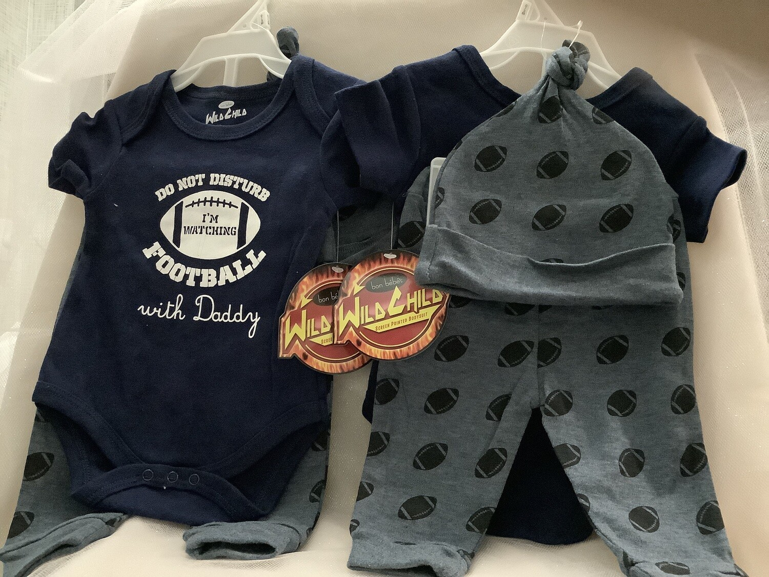 Baby Clothing Set - Do Not Disturb - I'm Watching Football with Daddy 0/3M