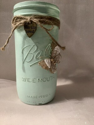 QUART JAR GREEN WITH BUTTERFLY AND CHARM