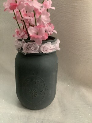PINT MASON JAR GREY WITH FLOWERS AND LACE