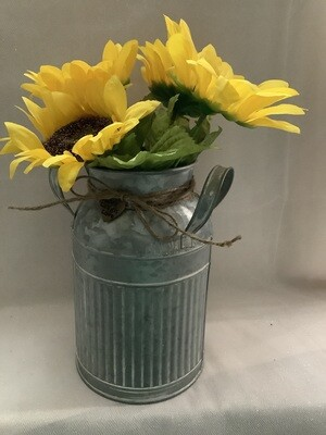 MILKJUG WITH FLOWERS AND CHARM