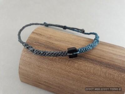 Bracelet macramé bleu, gris et ébène