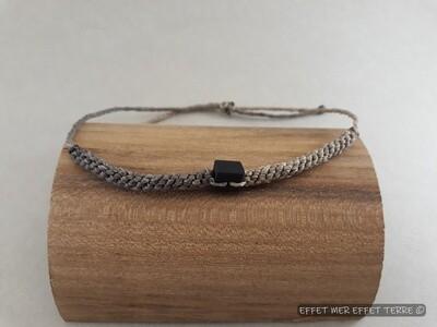 Bracelet macramé gris clair, gris foncé et bois d'ébène