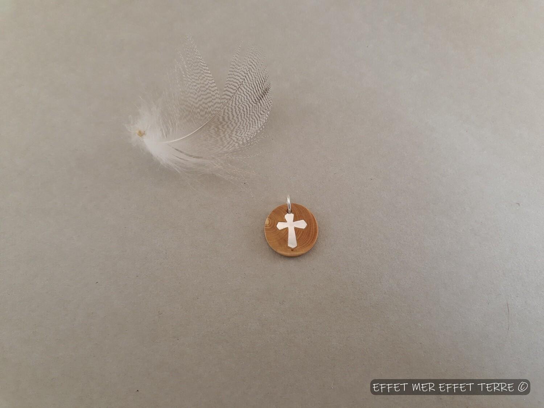 Marqueterie ronde croix bois et nacre