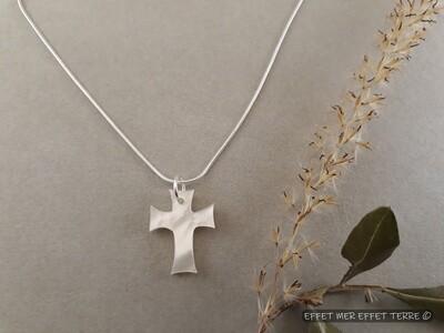 Croix nacre blanche nouveau modèle petit format