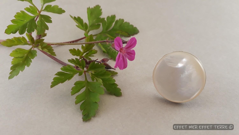 Bague ronde argent et nacre blanche