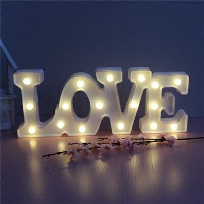 LOVE 30cm