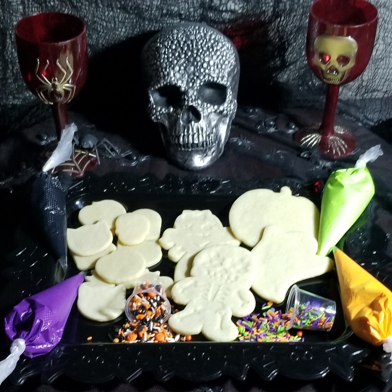 Glowing Halloween Cookie Family Kit