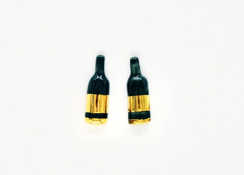 Extra gold WINE NOT? studs