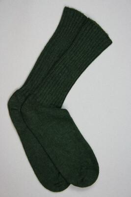 Alpaca Loose Top Socks in Dark Green