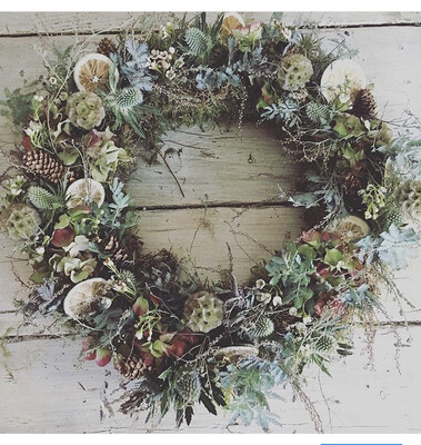 The Wild Willow 'Mimosa' Wreath Large