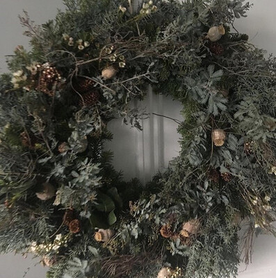 The Wild Willow 'Forager' Wreath Large