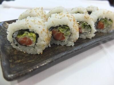 Uramaki de salmó (8 peces)