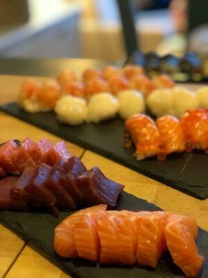Sashimi de salmó (5 peces)