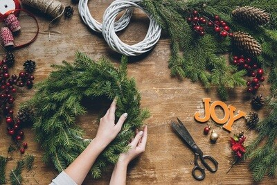 DIY Christmas Wreath Kits - Choose Your Style