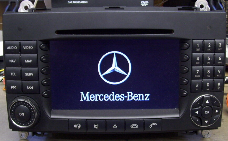 Reparatur Mercedes COMAND APS NTG2, startet nur bis zum Logo und geht wieder aus