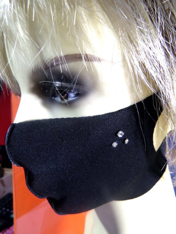 Masque polyester noir et Strass