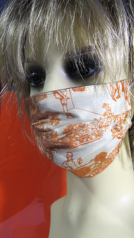 Masque en soie orange