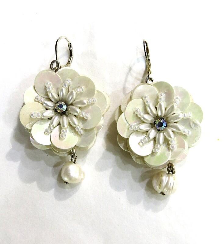Boucles d'oreilles en Perles Culture baroques et argent