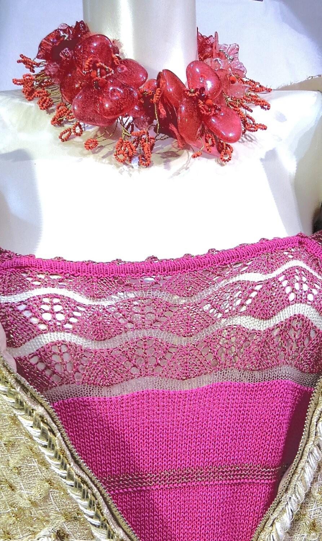 Collier, ras de cou, Anémones, rouge, Haute Couture.