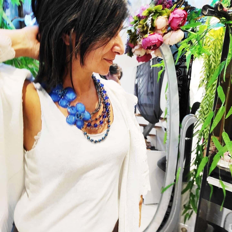 Collier Haute Couture, Anémone bleu