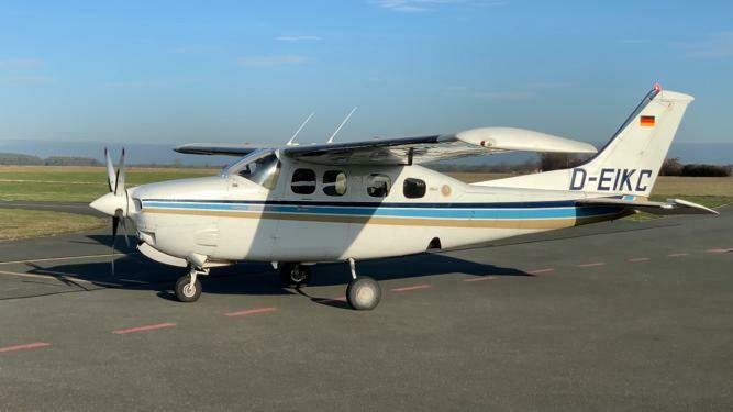 Cessna P210N D-EIKC