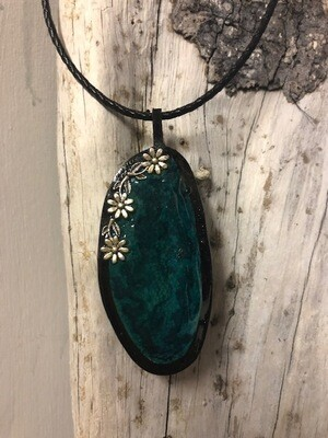 Black agate and leather pendant