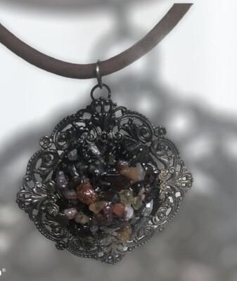 Vintage pendant with natural gems