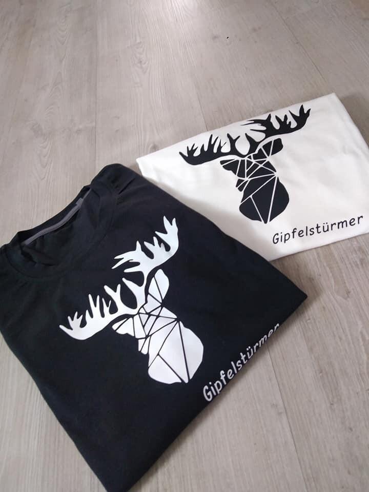 Stylisches Herren T-Shirt mit Rundhals und Hirschmotiv
