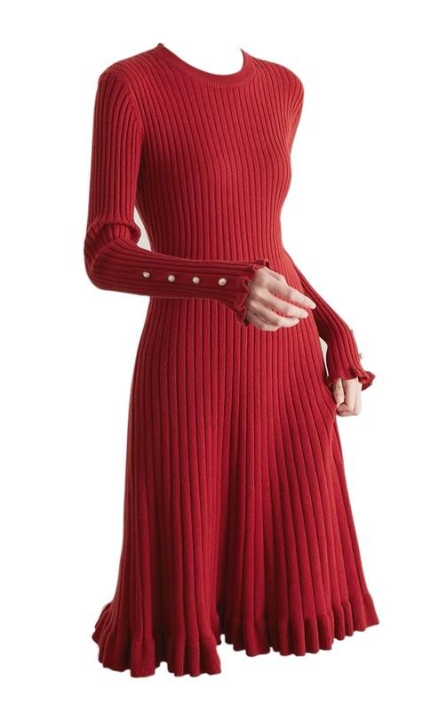 Robe plissée en laine rouge, noire, blanc