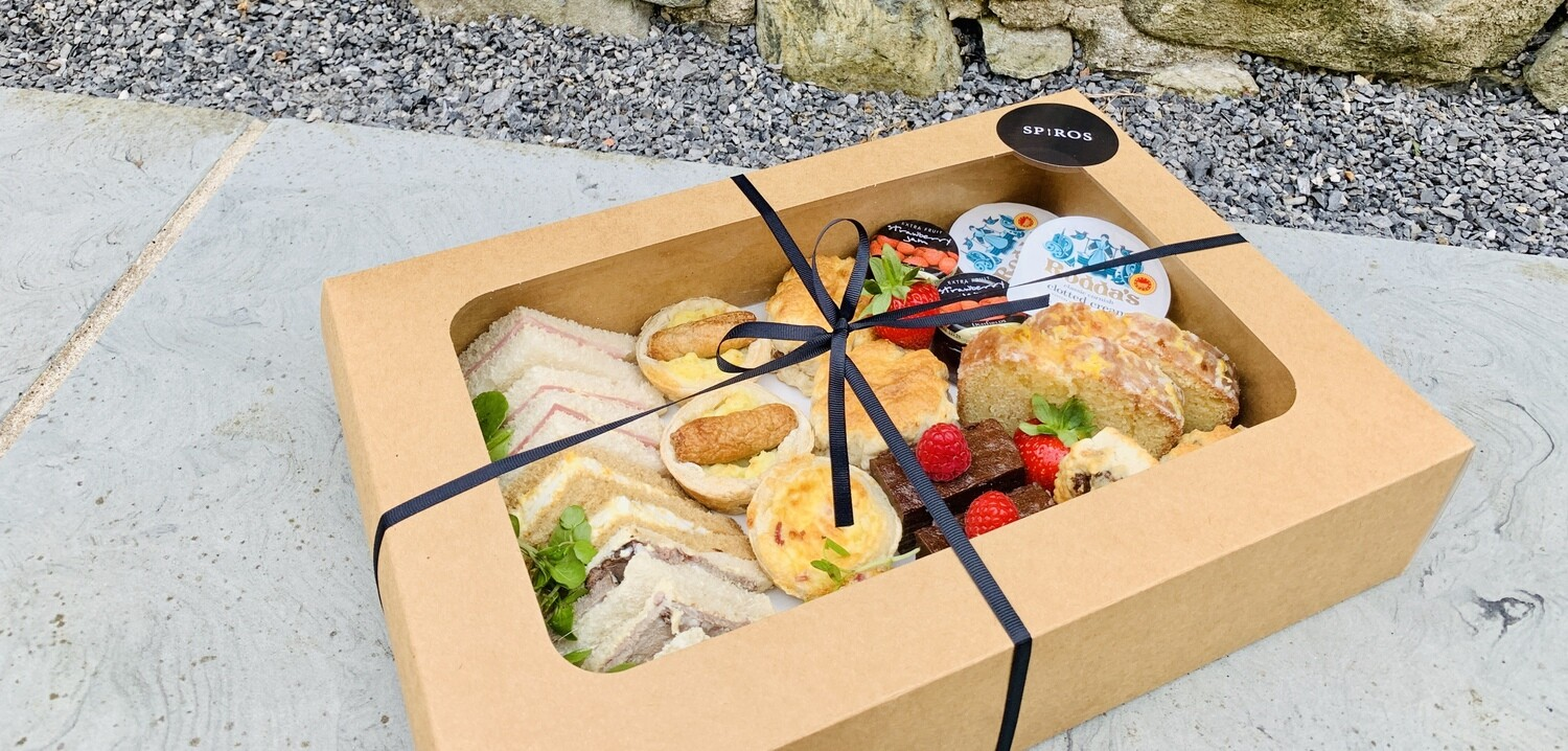 Spiros  Afternoon Tea Box For 2