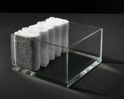 Hand towel Square 200mm x 200mm x 100mm
