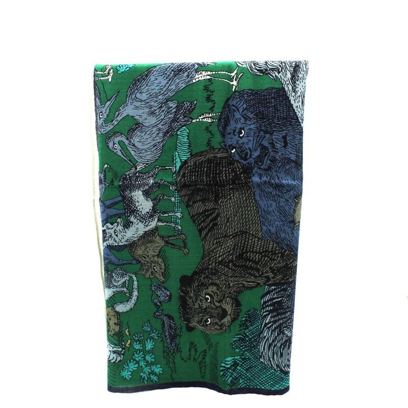 grand carré en laine fine, soie et cachemire - mythologie - vert
