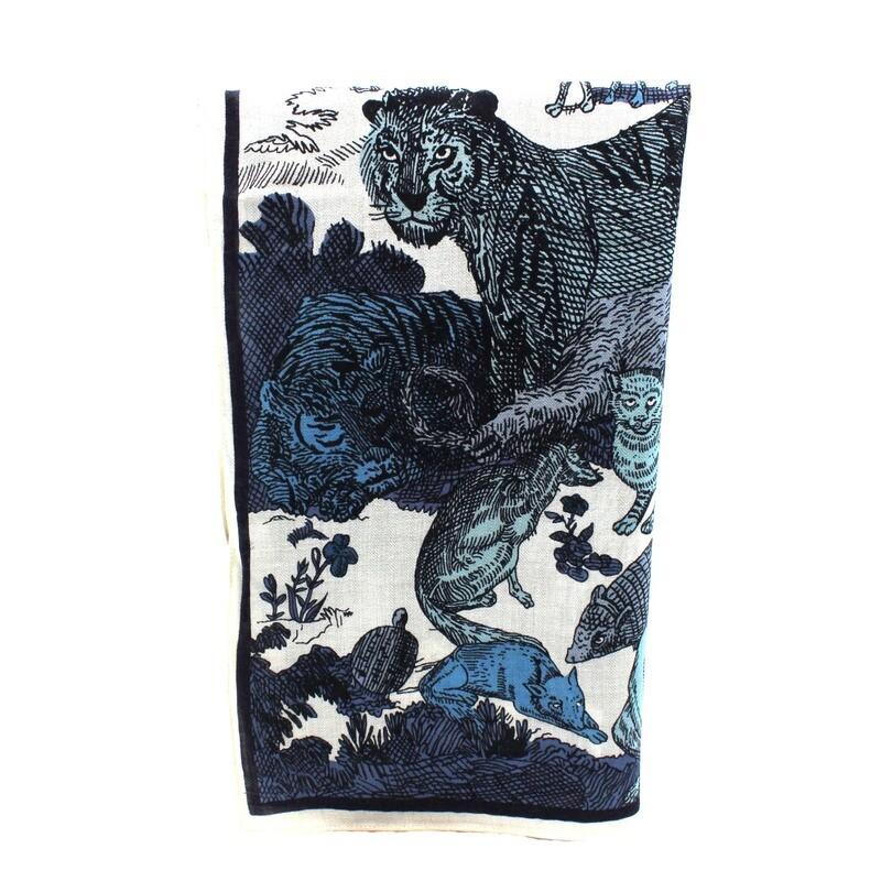 grand carré en laine fine, soie et cachemire - mythologie - bleu