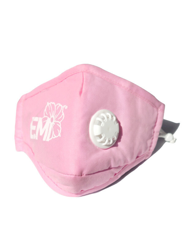 Respirator mask, white valve