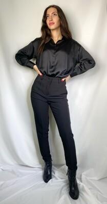 Pantalone nero skinny con tasche a filetto