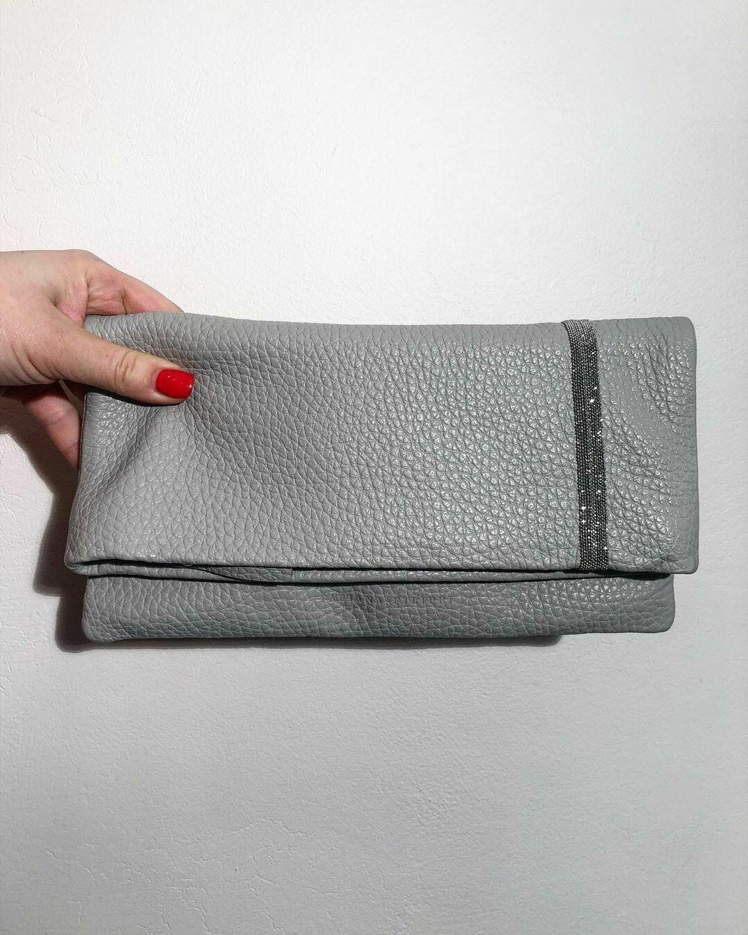 Новый клатч-конверт от Fabiana Filippi