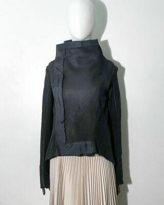 Натуральная дубленка со вставками из текстиля от COMA