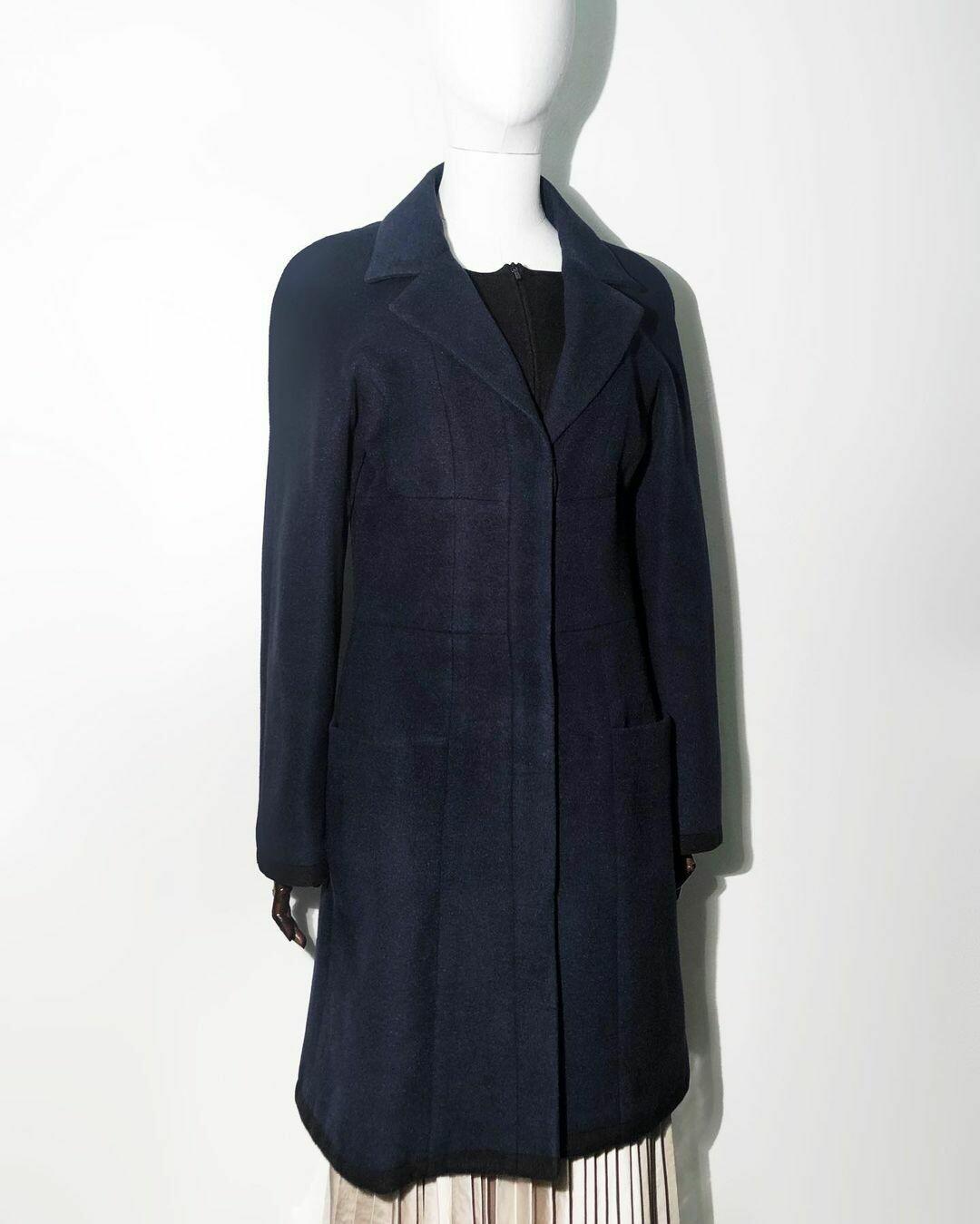 Пальто и шелковый шейный платок 🎁 от CHANEL