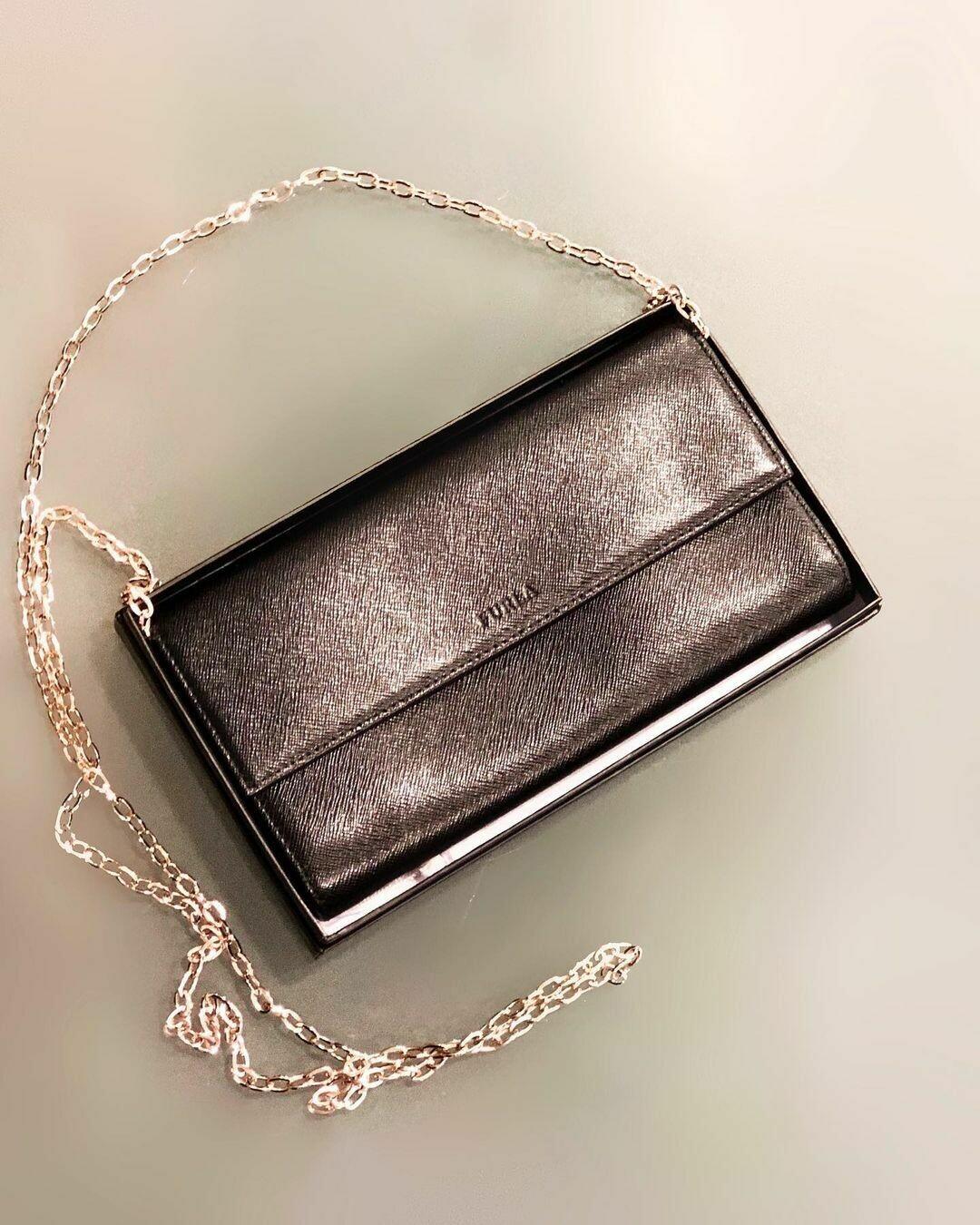 Новый кошелёк-клатч от Furla