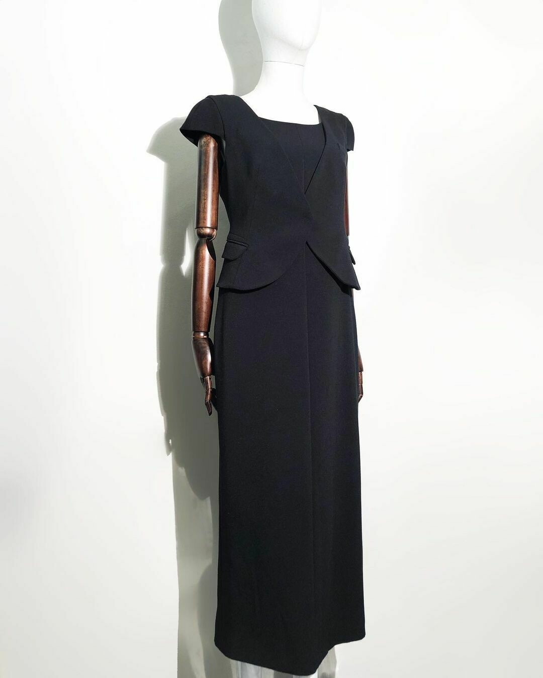 Трикотажное платье от Emporio Armani