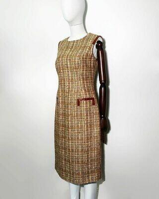 Платье-футляр от Carolina Herrera