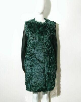 Новое пальто из меха козлика от Miss Sixty