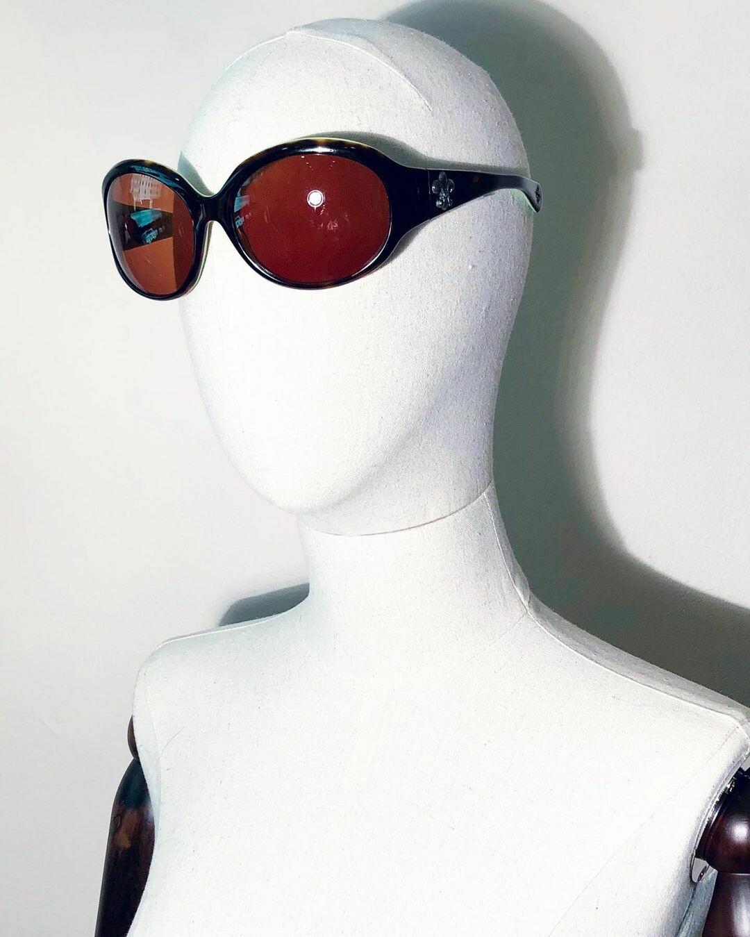 Солнцезащитные очки от Chrome Hearts