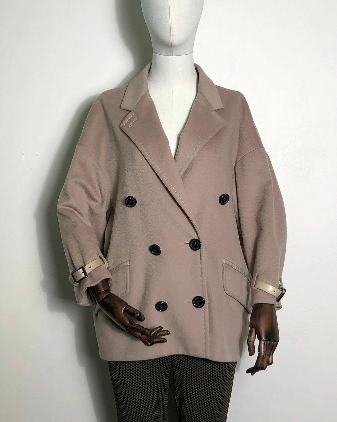 Укорочённое пальто от Barbara Bui