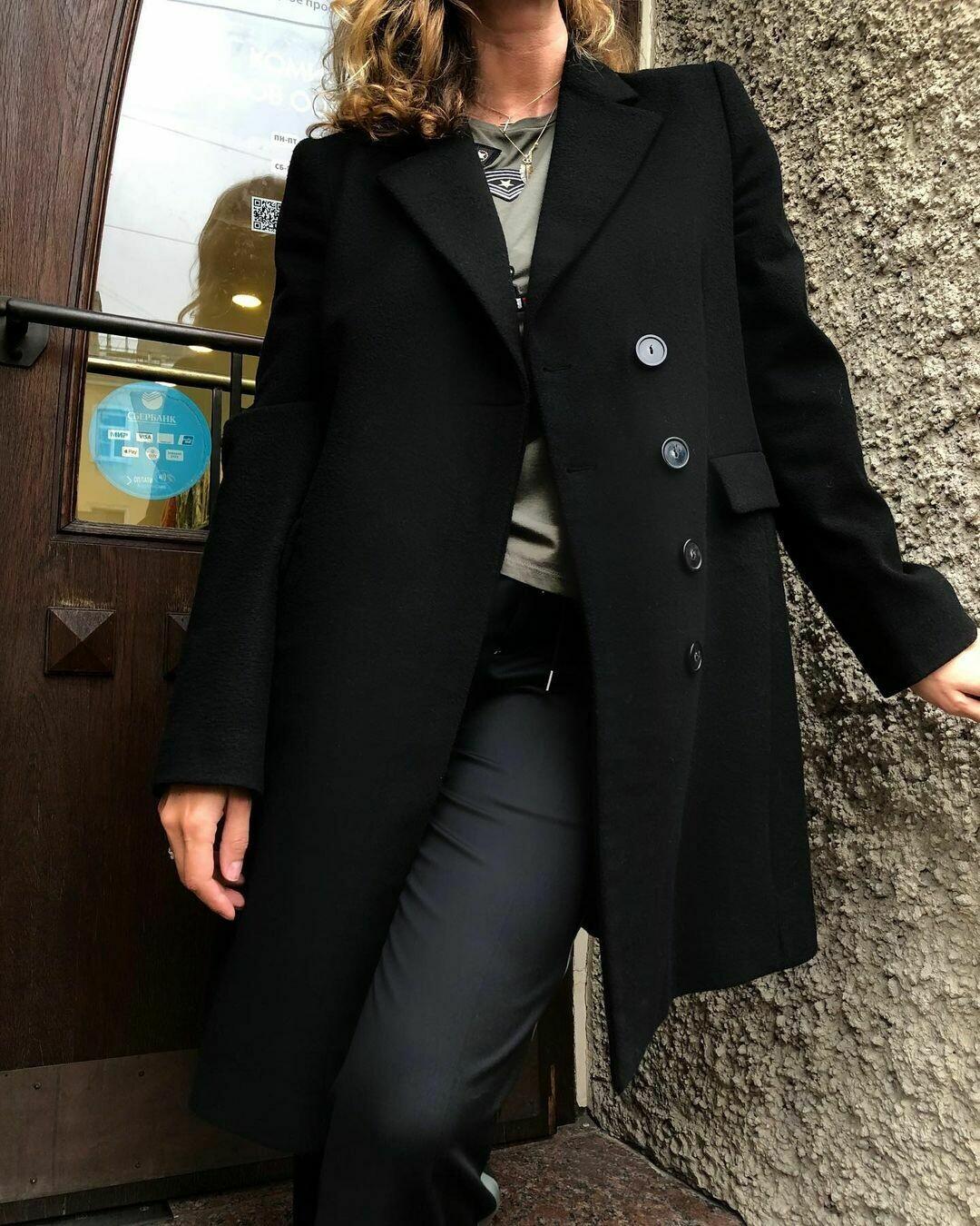 Пальто от Armani Jeans